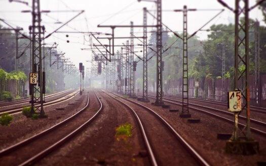 Obnova železničnej trate Devínska Nová Ves a Hlavná stanica
